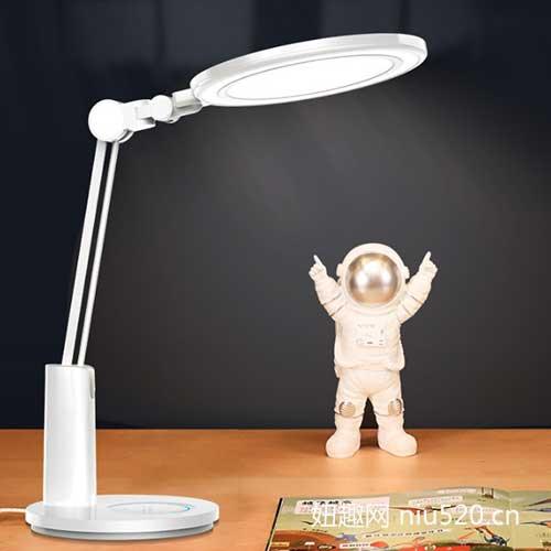 孩视宝护眼灯 全光谱LED光线更健康